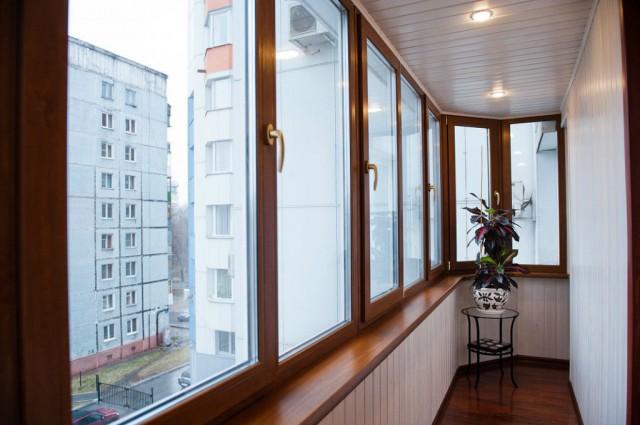 Недорогая отделка балконов