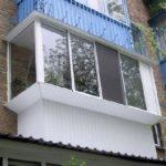 Застеклить окна на балконе